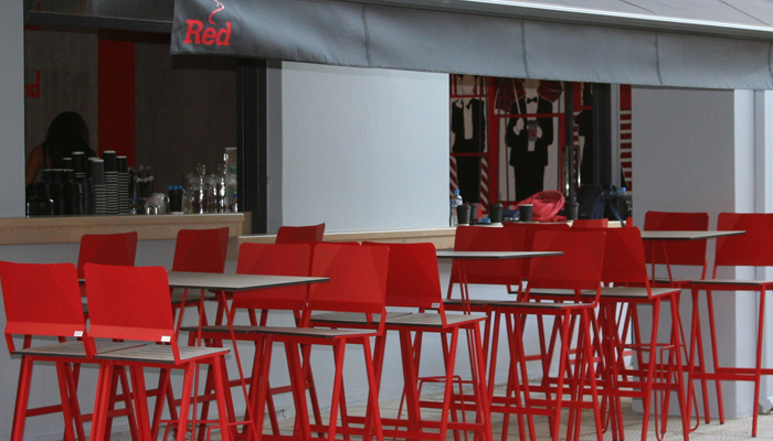 the-red-street-cafe-place